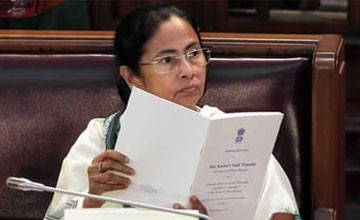 Mamata's multi-pronged strategy to win poll battle
